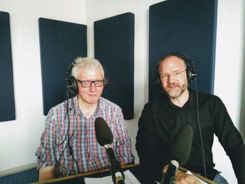 Foto von Martin Scharfenberger und Christian Gertz im Radiostudio von Antenne Münster