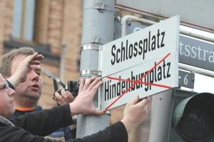 Photo Umbenennung Hindenburgplatz in Schlossplatz in Münster