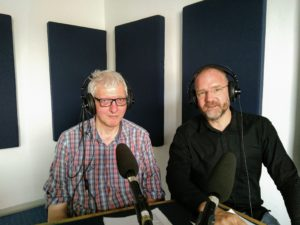 Martin Scharfenberger und Christian Gertz im Radiostudio bei Antenne Münster.