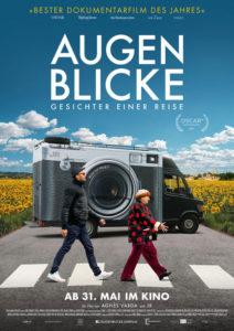 Plakat zum Film Augenblicke mit Agnès Varda und JR auf einer Landstrasse.